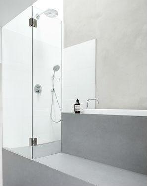 Bagno, doccia, resina grigio