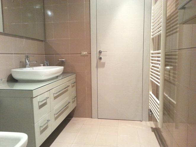 Progetto e relooking di un bagno con vasca easyrelooking - Progetto bagno paderno ...