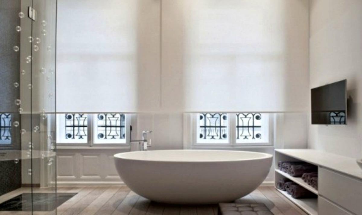 Progetto e relooking di un bagno con vasca easyrelooking - Vasca bagno con porta ...