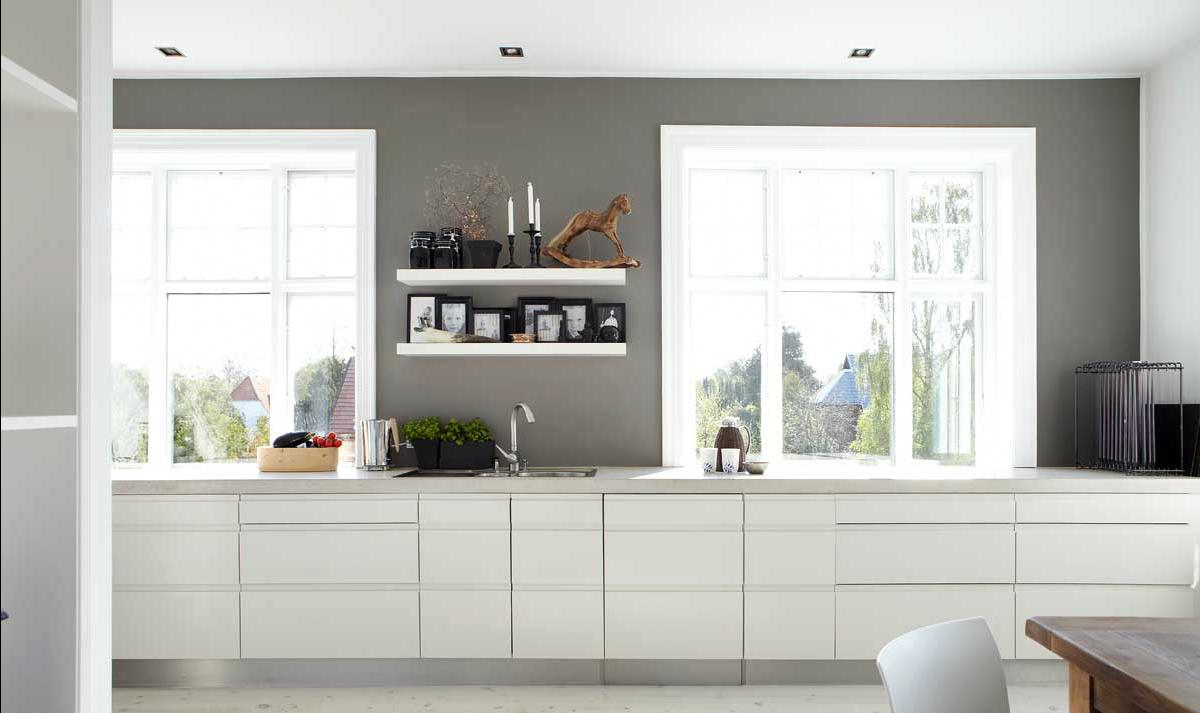 Pin love 4 mensole di legno per una cucina senza pensili - Cucina senza maniglie ...