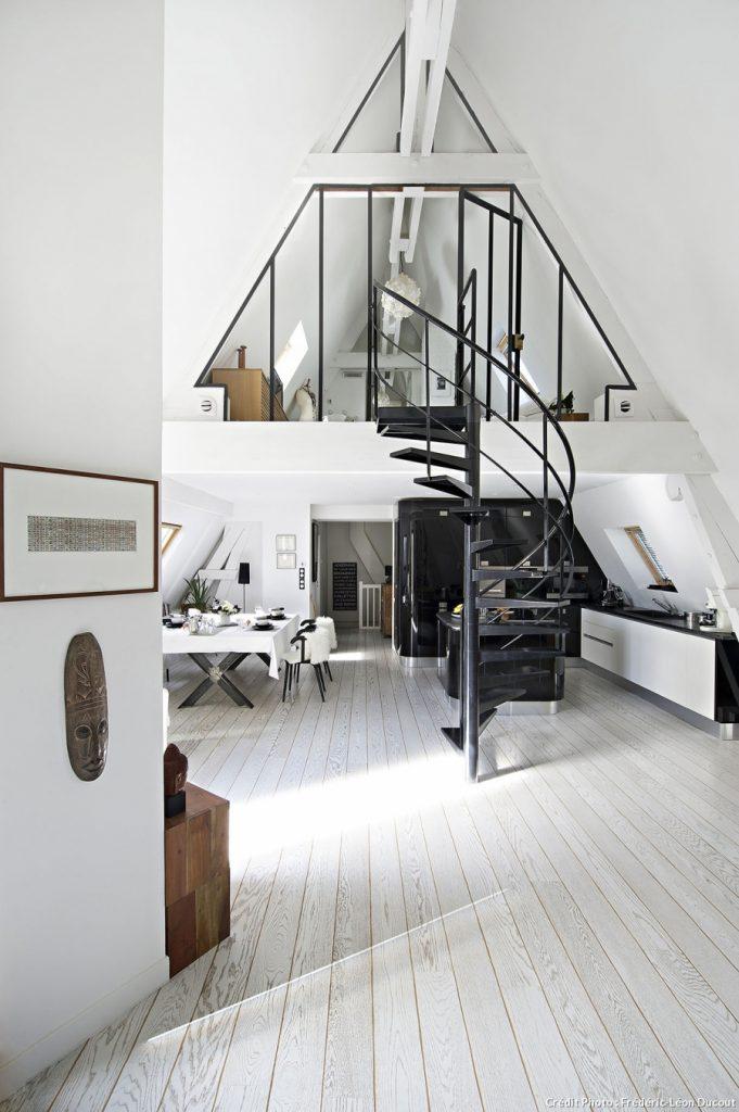 Duplex a Parigi in bianco e nero - easyrelooking