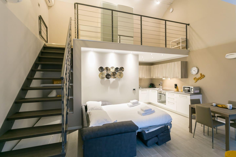 easyrelooking airbnb design loft in navigli livingroom easyrelooking. Black Bedroom Furniture Sets. Home Design Ideas