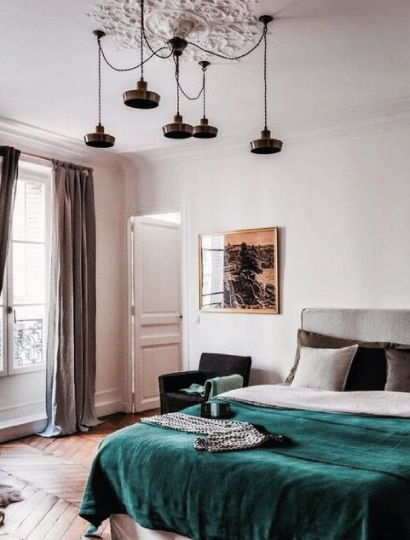 Easyrelooking_interior-trend-velluto-camera-da-letto-con-parquet ...