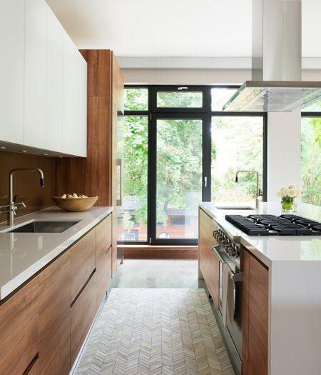 La cucina in legno pu essere moderna easyrelooking - Laccare ante cucina ...