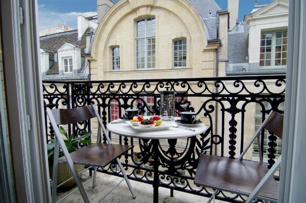 Arredi Per Piccoli Balconi : Arredare balcone blog arredamento