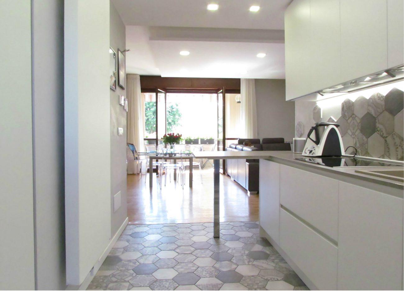 Piastrelle esagonali cucina u casamia idea di immagine